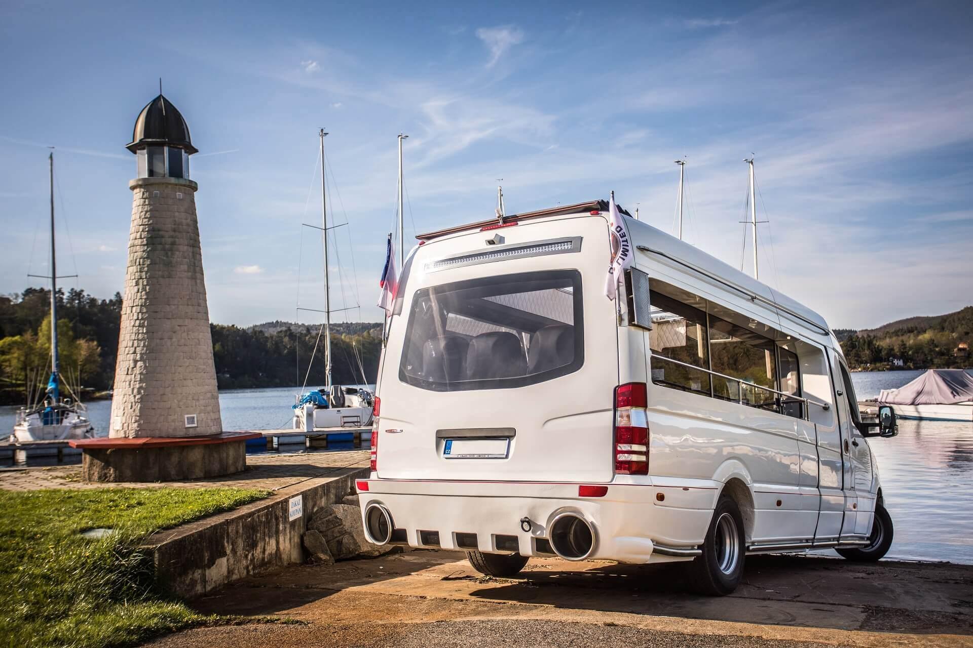 Unikátny obojživelný autobus na veľtrhu BUS SHOW 2018
