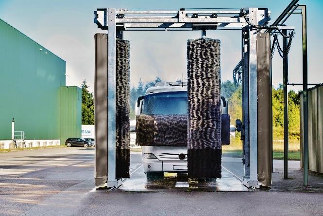 Efektívne riešenie pre najväčších: Umývacia linka TB od Kärchera