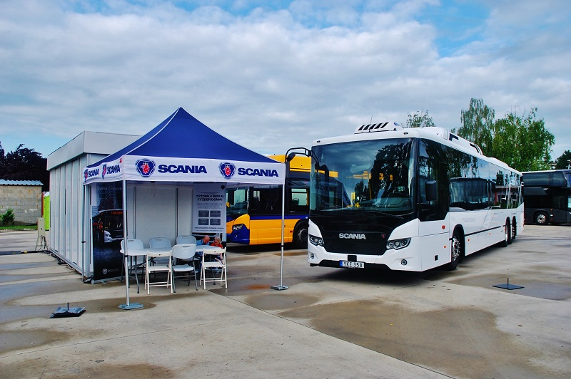 Scania Citywide Suburban K320 UB6x2*4 14,9m CNG na BUS SHOW zdravá doprava 2018 (foto: Zdeněk Nesveda)