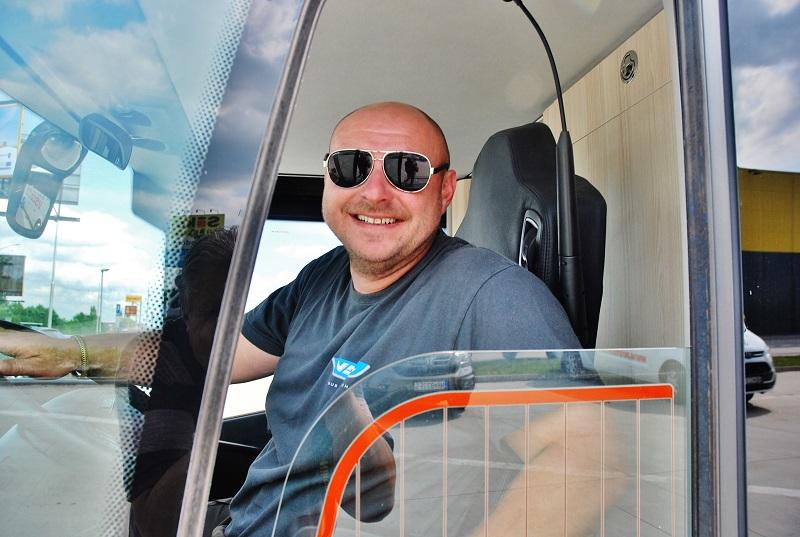 Martin Schlosser zo spoločnosti VDL Bus & Coach odchádza z veľtrhu BUS SHOW v Nitre (foto: Zdeněk Nesveda)