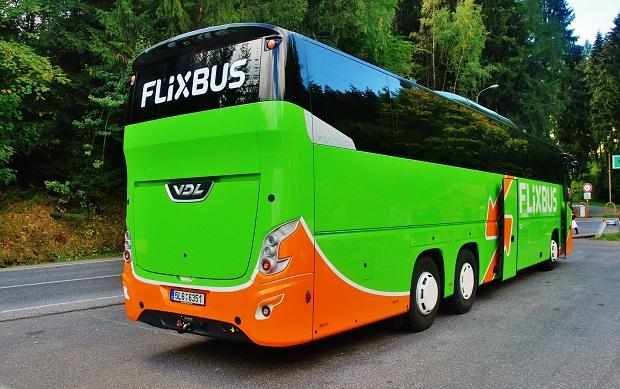 V Čechách se oblevily první autokary nové generace VDL Futura FHD2 139/460, Euro 6 v barvách společnosti FlixBus (foto: Zdeněk Nesveda)
