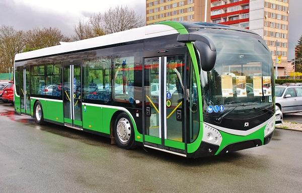 Nejnovější elegantní model, prototyp elektrobusu SOR, s největší pravděpodobností i nová podoba dieselových autobusů (ilustrační foto: Zdeněk Nesveda