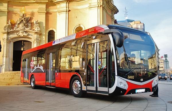 Prvé elektrobusy začnú jazdiť v Bratislave