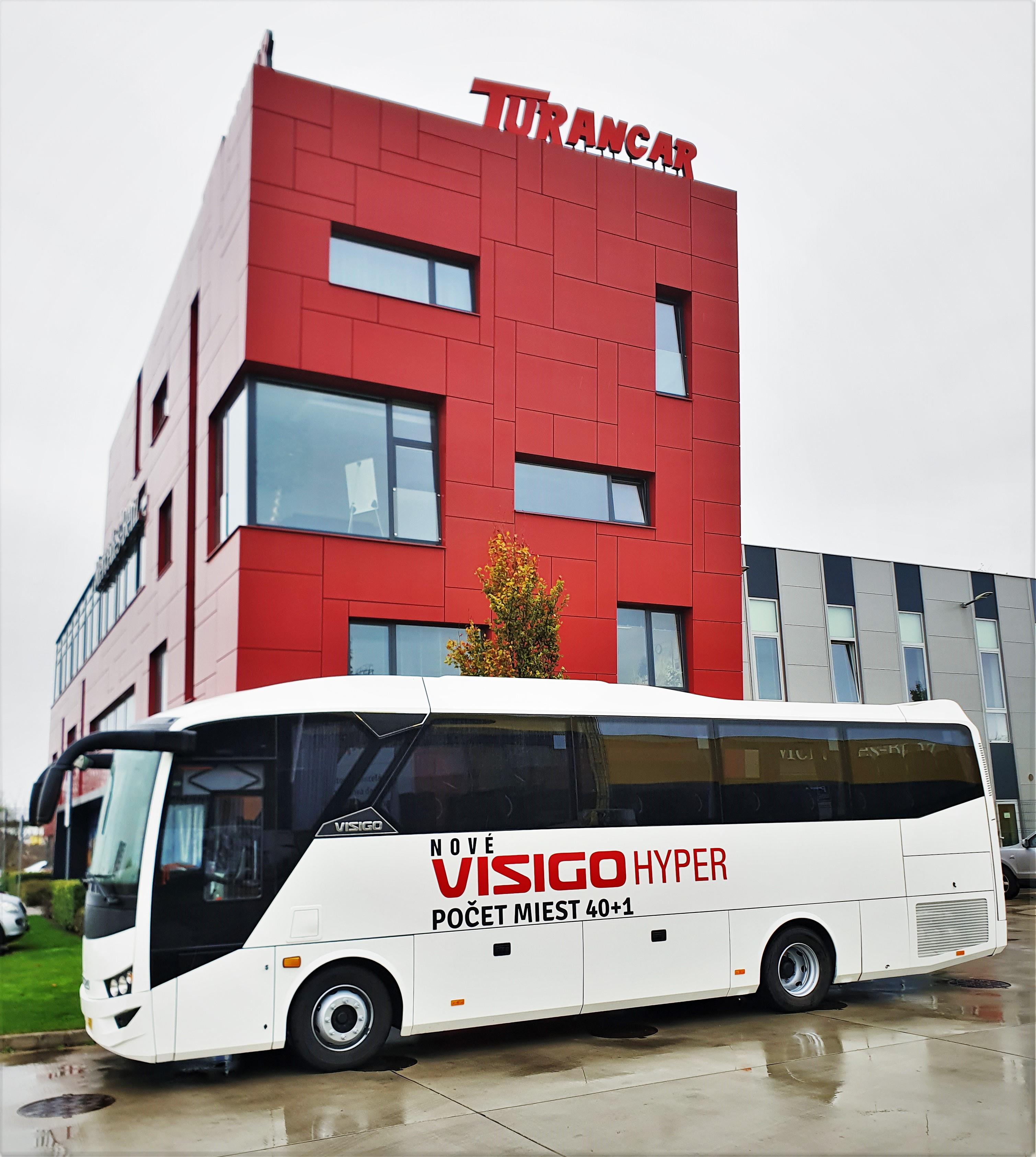Inovovaný autokar ISUZU VISIGO Hyper na BUS SHOW 2020 v Nitre